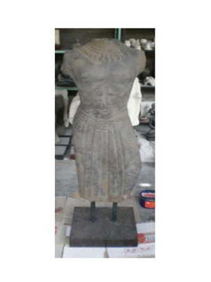 stone-bust-on-stand-gt01.jpg